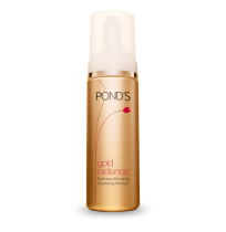 Ponds Gold Radiance Boosting Cleansing Mousse Cleansing